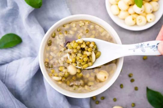 变红的绿豆汤能喝吗 绿豆汤怎么煮不会变红的诀窍图解