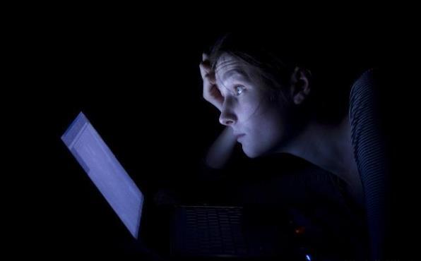 经常熬夜的危害到底有多大,熬夜后补一觉就能恢复吗